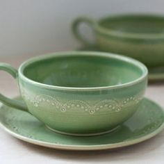 Jeanette Zeis creates beautiful ceramics with her trademark pastel colors and pretty stitching detail.