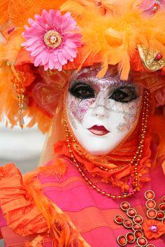 orange.quenalbertini: Orange & pink masquerade
