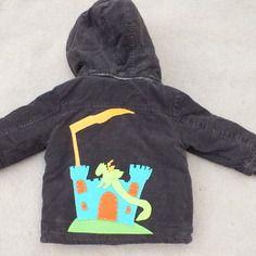 Manteau customisé thème chevalier et dragon