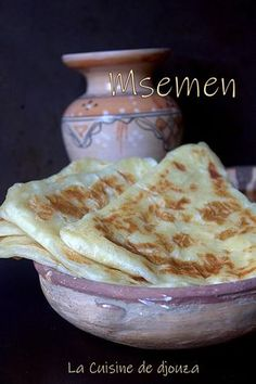Recette msemen triangle (pâte inratable) - The Best Authentic Mexican Recipes Authentic Mexican Recipes, Mexican Dinner Recipes, Fall Dinner Recipes, Mexican Food Recipes, Moroccan Bread, Morrocan Food, Crepes And Waffles, Naan Recipe, Ramadan Recipes