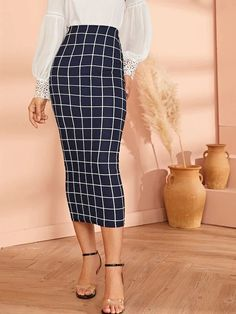 To find out about the High Waist Grid Bodycon Pencil Skirt at SHEIN, part of our latest Skirts ready to shop online today! Bodycon Fashion, Women's Fashion Dresses, Skirts For Sale, Glamour, Fall Skirts, Body Con Skirt, Sexy Skirt, Latest Fashion For Women, Fashion News
