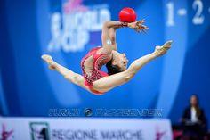 <<Linoy Ashram (Israel) # World Cup 2016, Pesaro>>