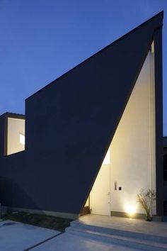 西古券の家/house of nisikoken: haco建築設計事務所が手掛けたtranslation missing: jp.style.家.modern家です。