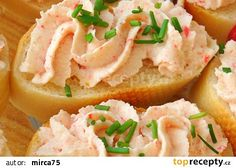 Krabí pomazánka recept - TopRecepty.cz Slovak Recipes, Czech Recipes, No Salt Recipes, Snack Recipes, Cooking Recipes, Tapas, Modern Food, Party Finger Foods, Savory Snacks