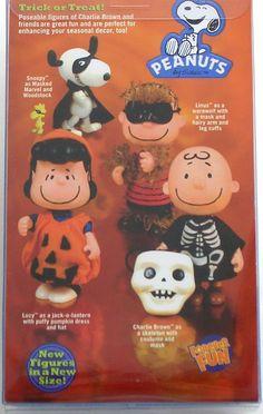 Charlie Brown Halloween, Great Pumpkin Charlie Brown, Peanuts Halloween, Holidays Halloween, Halloween Decorations, Snoopy Love, Snoopy And Woodstock, Charlie Brown Characters, Lucy Van Pelt