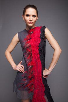 Fabelhafte Kleid grau Seide Merino wolle rote Chiffon von Veuna
