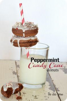 Need some yummy holiday treats to bring to a party with family and friends? Check out these delicious Peppermint Candy Cane Donuts. MIchaelsMakers The Idea Room
