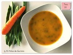 Por : As Delícias das Guerreiras Ingredientes     1 alho francês (usamos apenas a parte branca)  2 cenouras médias  2 curgetes médias - gran... Healthy Recipes, Healthy Food, Carrots, Vegetables, 1, Soup Beans, Female Warriors, Garlic, Green