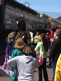 Horse cop. Pike Place