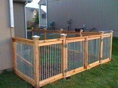 Backyard Dog Area, Backyard Ideas For Small Yards, Backyard Fences, Fenced In Yard, Farm Fence, Desert Backyard, Pallet Fence, Fence Landscaping, Pool Fence