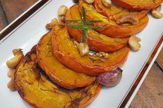 Abóbora assada com alecrim é um acompanhamento que segura a fome
