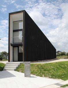 Katsutoshi Sasaki Associates - Unou House, Toyota Aichi, Japan #house #japan