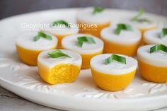 Indonesian steam pumpkin cake with coconut milk (Kue talam labu kuning) Indonesian Desserts, Indonesian Cuisine, Asian Desserts, Savory Snacks, Yummy Snacks, Steam Pumpkin, Thai Dessert, Dessert Food, Cake Recipes