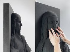 3D Printed Classical Paintings for Blind People The Unseen Art Project is an initiative by Marc Dillon to make art accessible for blind people. Do not touch is in most of the museums dealing with classical paintings. But what about the blind? Thanks for a 3D printing technology Marc prints replicas of pictural artworks that he models like sculptures. The blind can now discover La Joconde through touch. #xemtvhay