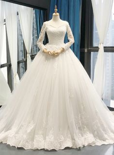 Wedding Day White V-neck Ball Gown Tulle Appliques Long Sleeve Wedding Dress - Silhouette:ball gown Hemline:floor length Neckline:v-neck Fabric:tulle Shown Color:white Sleeve Style:long sleeve Back Style:zipper up Embellishment:appliques Wedding Dresses For Sale, Wedding Dress Shopping, Princess Wedding Dresses, Modest Wedding Dresses, Wedding Dress Styles, Bridal Dresses, White Ball Gowns, Sweetheart Wedding Dress, Gown Wedding