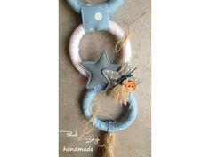 ΤΑΠΕΤΣΑΡΙΕΣ ΤΟΙΧΟΥ | paint4style-shop.gr Christmas Ornaments, Holiday Decor, Wall, Room, Handmade, Home Decor, Bedroom, Hand Made, Decoration Home