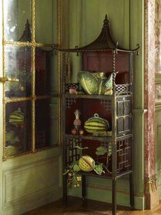 爱 Chinoiserie? Mai Qui! 爱  home decor in chinoiserie style - NY dining room of Howard Slatkin