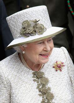 queenelizabethiiqueenelizabethiihistoricqc81ia913rnl.jpg (424×594)