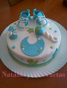 Torta bienvenida o baby shower Torta Baby Shower, Baby Shower Cake Pops, Baby Shower Cakes For Boys, Baby Boy Cakes, Baby Shower Desserts, Baby Boy Shower, Gateau Baby Shower Garcon, Bike Cakes, Baby Birthday Cakes