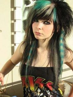 Best Emo Hairstyle For Girls