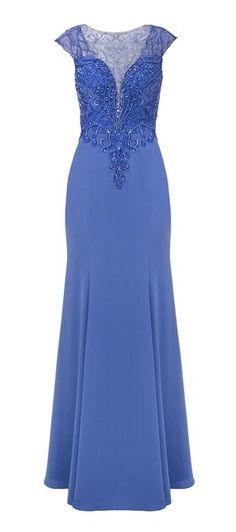 O vestido Becker é um modelo cheio de pormenores que retratam a feminilidade e o bom gosto com muito prior e delicadeza. Uma elegante opção de vestido longo, o Becker é composto de crepe e tule em for...