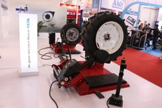 Giuliano #tyrechanger S551XLA at #Beijing #Exposition