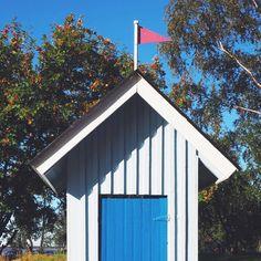 Tiny little finnish cabin  #Finland#VisitFinland #cabin #sunnyday #oulu #blogtrip #travelblogger #travel #exploremore #liveauthentic