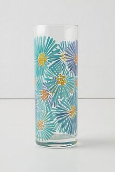 Glass Painting Vase - 20 Easy Glass Painting Projects Diy Glass Paint Glass Painting Hand Painted Glass Vase With Pink Roses Glass Painting Designs 40 Easy Glass Painting D. Painted Glass Vases, Painted Wine Glasses, Pottery Painting, Ceramic Painting, Diy Painting, Bottle Painting, Bottle Art, Glass Painting Designs, Art Deco Paintings