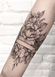 Forarm Tattoos, Sternum Tattoo, Mom Tattoos, Body Art Tattoos, Hand Tattoos, Small Tattoos, Sleeve Tattoos, Band Tattoo Designs, Skull Tattoo Design