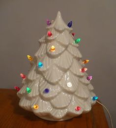 "Vtg Christmas Shabby Chic White Ceramic Mold Tree Light 10 5"" 1 PC 