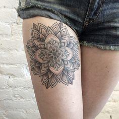 tatouage Mandala Dotwork