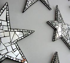 """Shiny stars decor - """"These would be so pretty, scattered among a grouping of silver and white picture frames. Mirror Mosaic, Mosaic Art, Mosaic Glass, Mosaic Tiles, Stained Glass, Glass Art, Mosaics, Mirror Tiles, Tiling"""