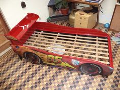 Car Bedroom, Kids Bedroom, Cama Cars, Baby Boy Rooms, Baby Room, Lightning Mcqueen Bed, Kids Car Bed, Race Car Bed, Room Partition Designs