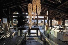 Décoration U2013 Luxe : Situé à Megève, Ce Chalet Très Bling Bling Marie  Plusieurs Matériaux Nice Look