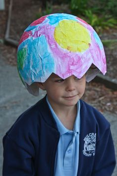 In Progress: Easter hat Parade. Love this one! Ha ha Boys Easter Hat, Easter Bonnets For Boys, Easter Costumes For Kids, Halloween Costumes, Easter 2018, Easter Parade, Easter Ideas, Easter Art, Easter Crafts