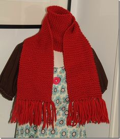knitted scarf, retro feeling. Love!