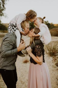 Rustic fall family photos by Elizabeth Lauren Photography