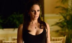 Anna Silk: Bo goes 'Kill Bill' in 'Lost Girl' Season 5 Lost Girl Season 5, Girls Season, Lost Girl Bo, Bo And Lauren, Anna Silk, Canadian Actresses, Girls Series, Sexy Outfits, Basic Tank Top