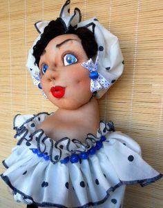 Кукла - пакетница Милочка - кукла - пакетница,скульптурный текстиль,кукла барельефная