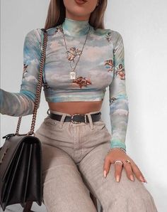 Vestidos Koreanische Lara Crop Top in Angel Sky Blue Mesh von Motel – Mode Outfits Edgy Outfits, Teen Fashion Outfits, Retro Outfits, Mode Outfits, Cute Casual Outfits, Fall Outfits, Vintage Outfits, School Outfits, Fashion Clothes