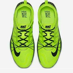 293b14083f2993 WOMENS FREE CROSS COMPETE TRAINER PLEASE READ NEW NEVER WORN    PRICE IS  FIRM       NO TRADES         NO BOX      Nike Shoes Sneakers