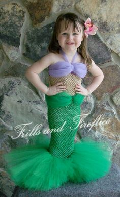 Girls Halloween Costumes - Little Mermaid Tutu Costume Set w/Flower Hair Clip, Tail is available in Green or Turquoise NOTE: Child can walk in this with smaller steps. Little Mermaid Tutu, Little Mermaid Birthday, Mermaid Diy, Little Mermaid Parties, Mermaid Skirt, Mermaid Costume Kids, Mermaid Outfit, Robes Tutu, Halloween Karneval