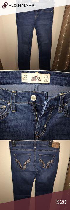 Hollister Skinny Jeans NWOT NWOT skinny jeans.  Size 3S---W26---L---30 Hollister Jeans Skinny