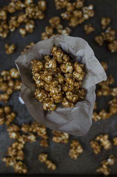 Ananás e Hortelã: Pipocas de Caramelo e Amendoim
