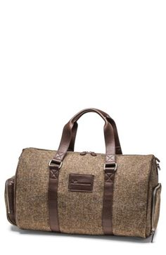 PETER MILLAR MEN'S PETER MILLAR MOUNTAINSIDE DAY DUFFEL BAG - BROWN. #petermillar #bags #leather #wool #