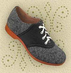 absolutely amazing herringbone saddle shoes