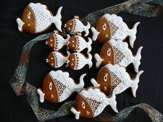 Honey Cookies, Gingerbread Cookies, Gingerbread Houses, Easter Cookies, Cookie Decorating, Cookie Cutters, Easter Eggs, Biscuits, Clay