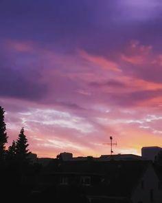 Sunset over Heddernheim, Night Aesthetic, City Aesthetic, Aesthetic Movies, Aesthetic Videos, Aesthetic Photography Nature, Nature Photography, Sunset Photos, Sunset Gif, Friendship Photography