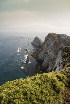 de la Barra photography, honeymoon ideas, honeymoon in Europe, Cabo Peñas, Asturias, Spain.