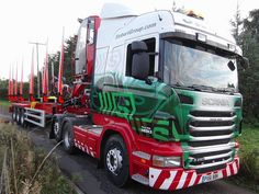 """Stobarts new log trailer.Photograph taken by, and belongs to, """"Dougie Evans"""". Log Trailer, Trailers, Cool Trucks, Big Trucks, Eddie Stobart Trucks, Truck Festival, Road Transport, Transport Companies, Fan Picture"""
